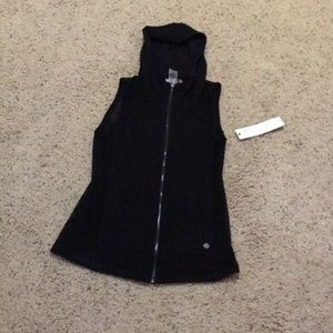 NWT Sporty Hooded Netted Vest